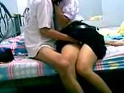 คลิปหลุดเด็กไทยอยากรู้อยากลองเย็ดกับผัว คาชุดนักเรียน รีบเย็ดสิพูดมากจังเงี่ยนแล้ว