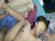ปิดตาลงแขกหีหญิงสาว 18 แม้งเด็ดจริงๆรับได้ทุกท่า โดนปิดตาต้องยอม หรือว่าโดนจับมาเย็ดกันแน้