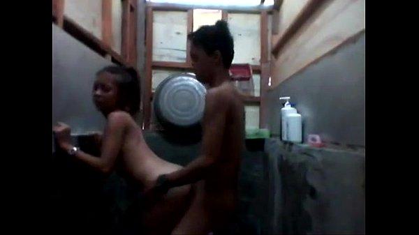 คลิปหลุดxxxไทย พ่อแม่ไม่อยู่บ้านลูกสาวแอบนัดแฟนมาเย็ดกันในห้อง- 21 min  กระขย่มควยไม่ยั้ง…