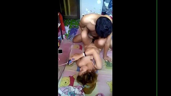 หลุดสาวไทยชาวอีสาน เอากันเปิดเพลงเสียงดัง กลัวคนอื่นได้ยิน ซอยหีไม่ยั้ง หีพังไปแล้วรึเปล่าก็ไม่รู้ 18+