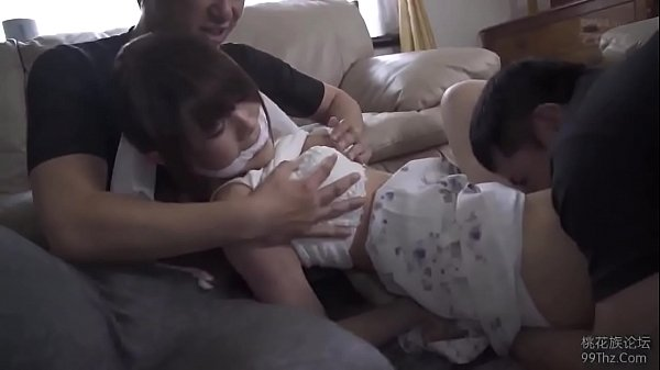 หนังโป๊ญี่ปุ่น พี่ชายตัวแสบพาเพื่อนมาข่มขืนน้องสาว รุมเย็ดสวิงกิ้งจับมัดแขนปิดปากกระหน่ำเย็ด