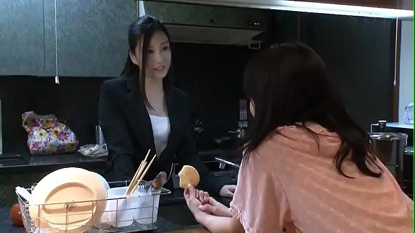 Porn japanน้องเมียหุ่นXแอบดูพี่สาวเย็ดกับผัว เงี่ยนจัดทนไม่ไหวรอจนพี่สาวหลับ แอบย่องลักหลับเล่นชู้เย็ดกับพี่เขย