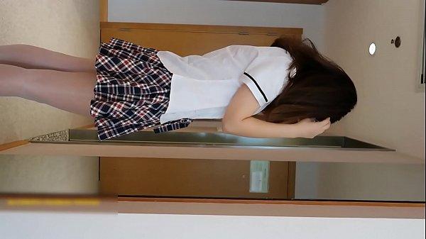 คลิปหลุดสาวมหาลัยเด็กเสี่ย โดนเสี่ยตั้งกล้องพามาเย็ดที่โรงแรม ถกกระโปรงโชว์กลีบรอเสี่ยมาเย็ด